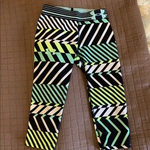 Under Armour capris youth size small